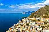 Dorf Riomaggiore von oben, Cinque Terre, Ligurien, Italien, Europa