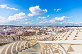 Spain, Andalucia, Seville Province, Seville, Plaza de la Encarnacion, Metropol Parasol by architect Jurgen Mayer-Hermann
