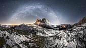 Passo Sella, Sella Pass, Gardena valley, Bolzano province, Dolomiti, Dolomites, Alpi, Italy, North Italy, Europe,