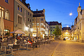 Cafes on the cathedral square in the old town, Regensburg, Upper Palatinate, Bavaria