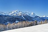 View of Alpspitze, Waxnsteine ??and Zugspitze in the Wetterstein Mountains, Garmisch-Partenkirchen, Werdenfelser Land, Upper Bavaria, Bavaria