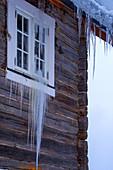 Norway, winter,  Heggenes,surroundings Hotel Herangtunet, lIcicles