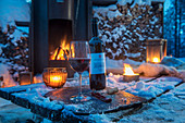 Norway, winter, twighlight, Heggenes,surroundings Hotel Herangtunet, forest, fireplace, winemoment