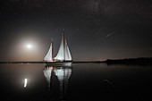 "Nightly ""Sternschnuppenfahrt"", TWO-SIDED SIR SHACKLETON ON THE AMMERSEE Ammersee, Bavaria Germany"