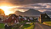Traditionelles Dorf, Gjogv, Eysturoy-Insel, Färöer, Dänemark, Europa