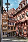 Altes Rathaus und Fachwerkhäuser in der Altstadt von Esslingen, Baden-Württemberg, Deutschland