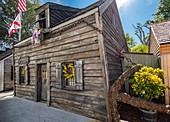 Wooden cabin with flowers in St. Augustine, USA