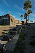 Kanonen von Castillo de San Marcos in St. Augustine, USA