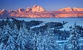 Berge im Winter, Teton Range, Grand Teton Nationalpark, Wyoming
