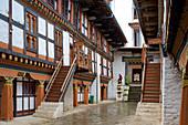 Courtyard in Jakar Dzong in Chamkhar Valley, Bumthang, Bhutan, Himalayas, Asia