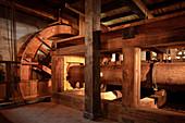 """Water Wheel in the Punching Plant """"Wäsche IV"""", Mining Museum Altenberg, UNESCO World Heritage Montanregion Erzgebirge, Altenberg-Zinnwald, Saxony"""