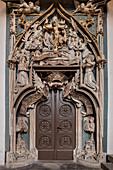 Portal to the old Sakrestei, Sankt Annenkirche, UNESCO World Heritage Montanregion Erzgebirge, Annaberg, Saxony