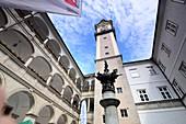 Arcadenhof with Kopernikusbrunnen in the country house, Linz, Upper Austria, Austria