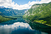 See Bohinj und die Berge, Slowenien, Europa