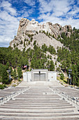 Mount Rushmore overlooking amphitheater, Black Hills, South Dakota, United States