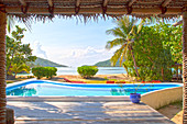 Überdachte Terrasse und Pool, Yaqeta Island, Fidschi