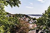 Blick auf das Treppenviertel von Blankenese und die Elbe, Hamburg, Norddeutschland, Deutschland