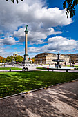 Stuttgart Palace Square with art building and New Palace, Stuttgart, Baden-Württemberg, Germany