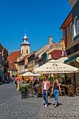Restaurants in der Strada Michael Weiss, Brasov, Transsylvanien, Rumänien