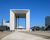 High-rise building La Grande Arche, architects: Johan Otto von Spreckelsen, Paul Andreu, La Defense, Paris, France