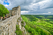 Hohenneuffen Castle with a deep view of the valley, Hohenneuffen, Albtrauf, Swabian Alb, Baden-Württemberg, Germany