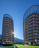 Zwei Hochhäuser Hotelturm Falkensteiner Hotel, Architekt Matteo Thun, Katschberg, Kärnten, Österreich
