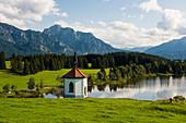 Hegratsrieder See, bei Füssen, Ostallgäu, Allgäu, Bayern, Deutschland