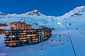France, Savoie, Vanoise Massif, Vallee des Belleville, Les Trois Vallees (The Three Valleys) ski area, Val Thorens, cable railways of Peclet