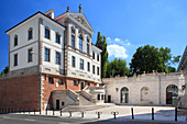 Ostrogski Palace, mansion in the city centre of Warsaw. Palace houses the Frederic Chopin Museum and National Institute of Frederic Chopin, Warsaw, Mazovia region, Poland, Europe\n\nWarszawa\npalac Ostrogskich\nmuzeum Fryderyka Chopina\nNarodowy Instytut Fryderyka Chopina\n\nWarsaw\npalace of Ostrogski family\nmuseum of Frederic Chopin\nNational Institute of Frederic Chopin\n