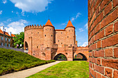 Old town, barbican, fortified medieval city walls, old town, Warsaw, Mazovia region, Poland, Europe\n\n\n