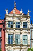 Gdansk, Main City, old town, golden house, Dlugi Targ street (Long Market). Gdansk, Main City, Pomorze region, Pomorskie voivodeship, Poland, Europe
