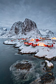 The village of Hamnoy in a winter landscape, Reine, Lilandstindan, Moskenesoya, Lofoten, Nordland, Arctic, Norway, Europe