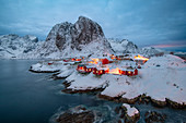 Village of Hamnoy in a winter landscape, Reine, Lilandstindan, Moskenesoya, Lofoten, Nordland, Arctic, Norway, Europe