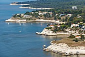 France, Charente Maritime, Meschers sur Gironde, the coast and the fisheries on the white cliff (aerial view)