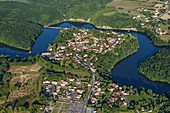 France, Vendee, Mervent, the village surrounded by la Mère river (aerial view)