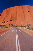 Road to Ayers Rock, Australia *** Local Caption ***
