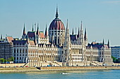 Hungarian Parliament Building, Banks of the Danube, UNESCO World Heritage Site, Budapest, Hungary, Europe