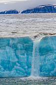 Negribreen (Negri Glacier), Olav V Land, Spitsbergen, Svalbard Archipelago, Norway, Scandinavia, Europe