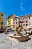 Saint Francois Platz in der Altstadt, Nizza, Alpes Maritimes, Côte d'Azur, Französische Riviera, Provence, Frankreich, Mittelmeer, Europa