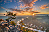 Sunrise over the Elbe valley, from Lilienstein, Elbe Sandstone Mountains, Saxon Switzerland National Park, Saxon Switzerland, Saxony, Germany