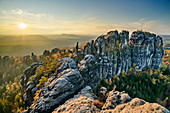 Sunset over the rock towers of the Schrammsteine, Schrammstein view, Elbe Sandstone Mountains, Saxon Switzerland National Park, Saxon Switzerland, Saxony, Germany