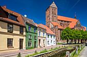 Frische Grube und St. Nikolai, gotische Kirche, Wismar, Mecklenburg-Vorpommern, Deutschland