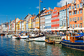 Nyhavn (New Harbour), 17th-century waterfront, canal and entertainment district in Copenhagen, Zealand, Denmark
