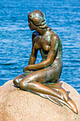 The Little Mermaid (Den Lille Havfrue). Iconic bronze mermaid sculpture, by Edvard Eriksen, Copenhagen, Zealand, Denmark