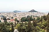 Blick vom Areopag, Marshügel über Athen zum Lykabettus, Athen, Griechenland