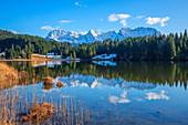 Geroldsee with Karwendel, Krün near Garmisch-Partenkirchen, Werdenfelser Land, Bavaria, Germany