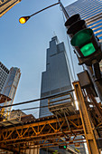 View of Wills Tower and traffic signals on North Adams Street, Downtown Chicago, Illinois, United States of America, North America