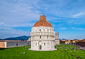 San Giovanni Baptistery, elevated view, Piazza dei Miracoli, UNESCO World Heritage Site, Pisa, Tuscany, Italy, Europe
