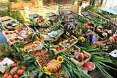 France, Vaucluse, L'Isle sur la Sorgue, quai Jean Jaures, floating market on August 3, Nego Chins sur la Sorgue selling Provencal products