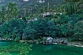 France, Aveyron, Parc Naturel Regional des Grands Causses (Natural regional park of Grands Causses), hamlet on the banks of the Tarn